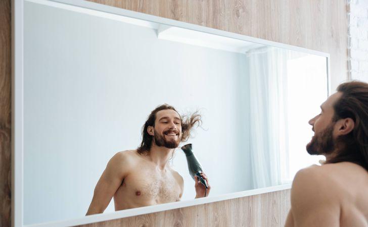 ぬれた髪はしっかりと乾かす