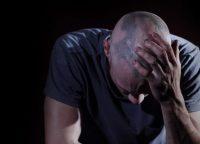 ストレスと抜け毛の関係|脱毛症の対策方法は?