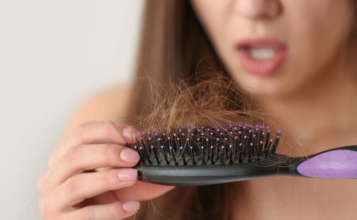 抜け毛が増える季節はいつ?